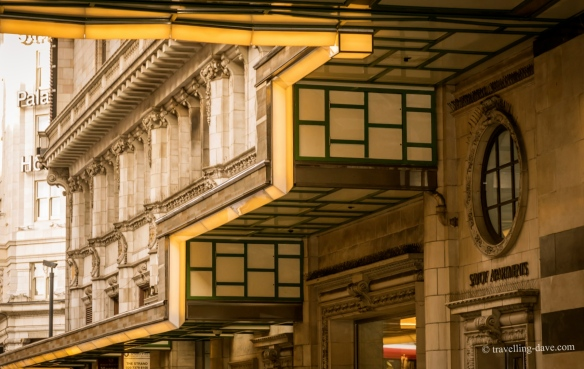 Combining My Love For Architecture And History The London Unravelled Art Deco Tours Explore Sophisticated Glamour Severe Functionality Of 1920s