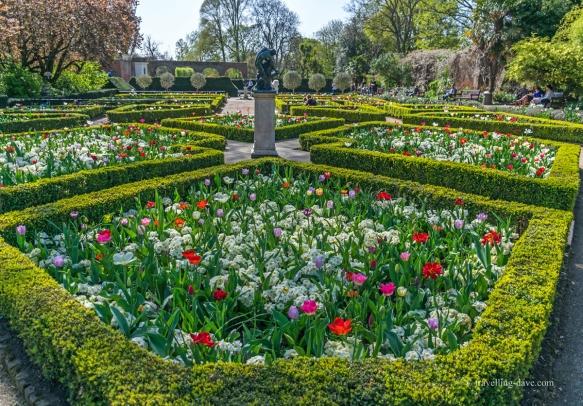 dutch-gardens
