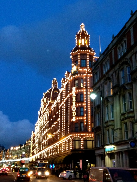 harrodsatnight